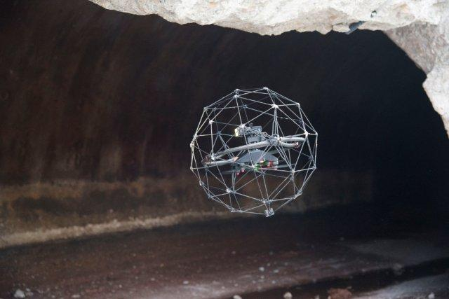 Tecnología dron aplicada al sector del agua